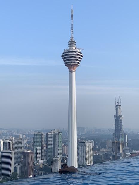 Disfrutando de las vistas de Kuala Lumpur