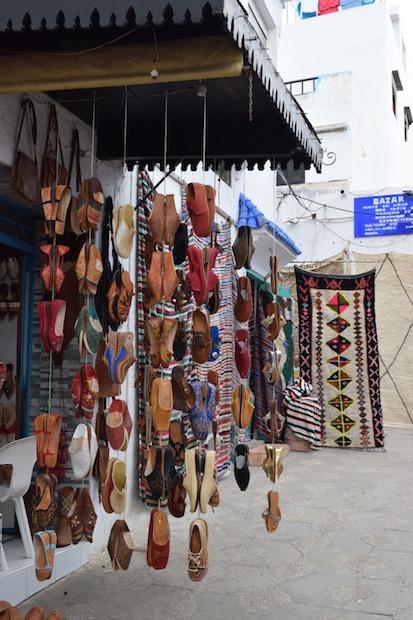 Norte de Marruecos, Asilah, tienda artesanía medina